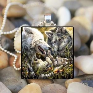 Jewelry - Wolf family tile necklace